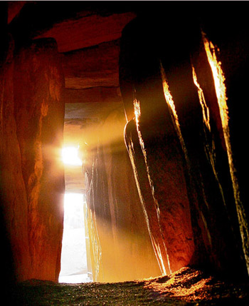 newgrange winter solstice sunrise ireland