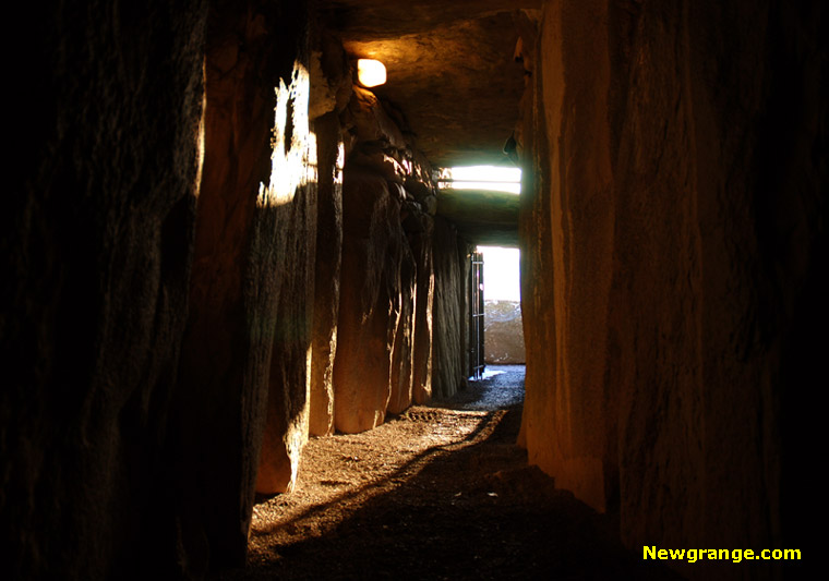 Sunlight during Yule inside Newgrange | Wicca, Magic, Witchcraft, Paganism